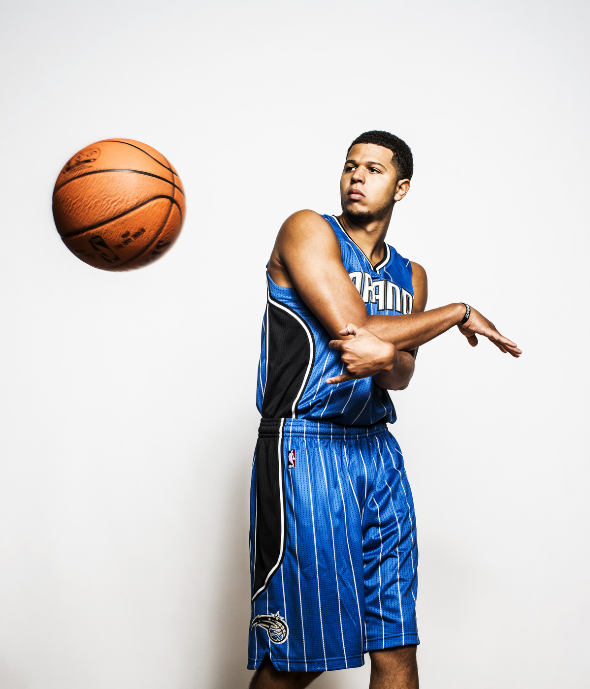 NBA_ROOKIE_SHOOT_080815_LAHAM49553
